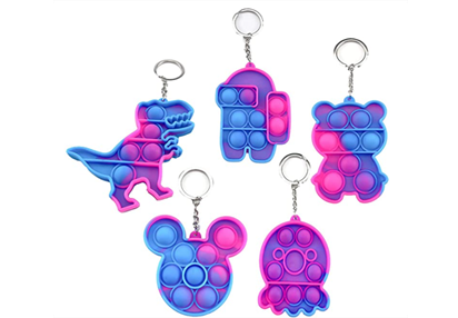 https://www.sourcingwise.com/wp-content/uploads/2021/09/keychains-1.png